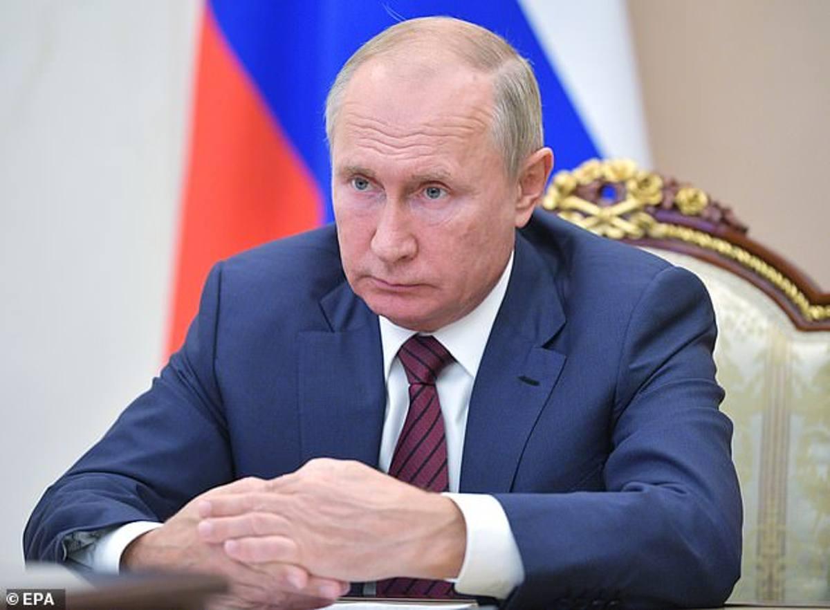 Putin choc: ha il Parkinson, indiscrezione dalla Russia, pronte le dimissioni!