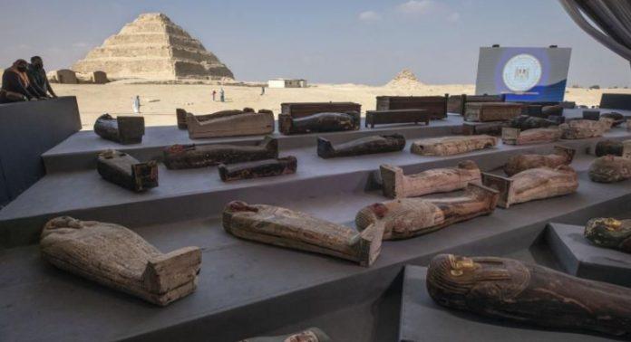 straordinaria scoperta a saqqara