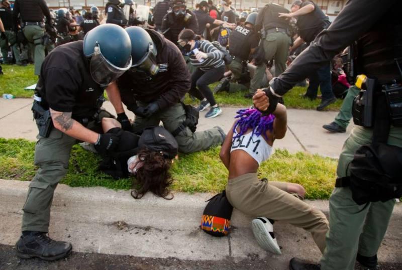 Arresti Black Lives Matter