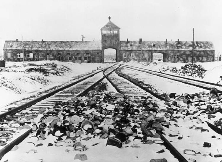Entrata campo concentramento Auschwitz