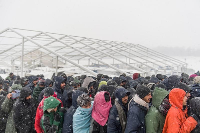 migranti sulla rotta balcanica nel gelo bosniaco