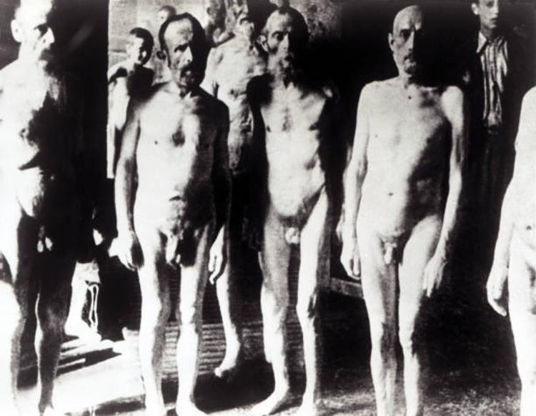 prigionieri giustiziati camere a gas Auschwitz