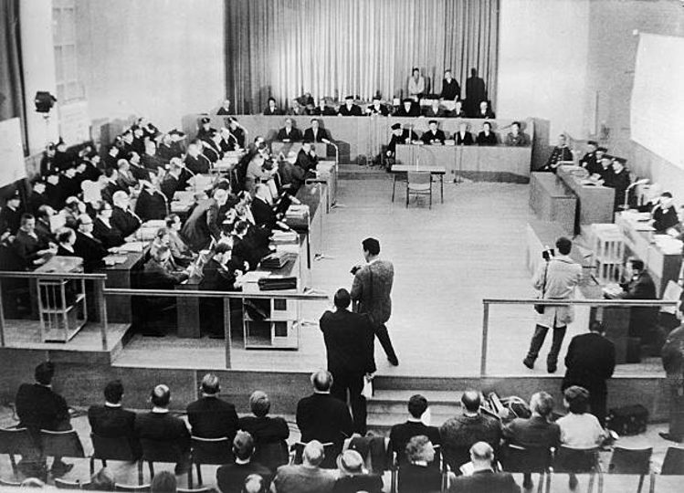 processo a Francoforte per i crimini di Auschwitz