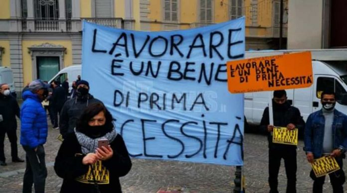 protesta lavoratori
