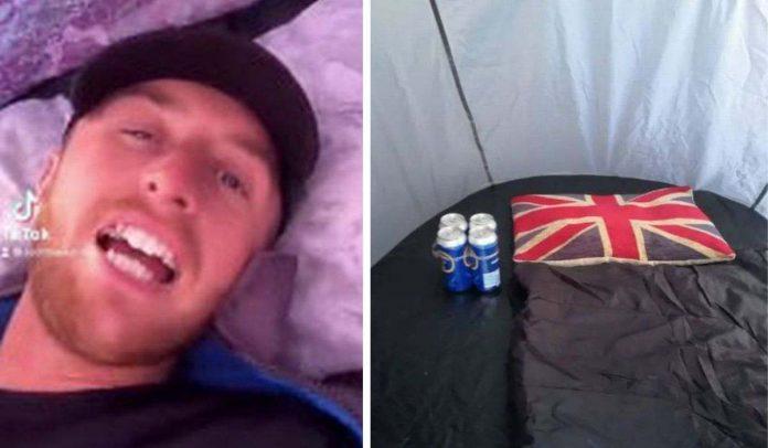 Uomo-tenda-fuori-pub-aperture-inghilterra