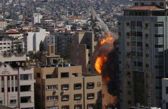 bombardamento Israele