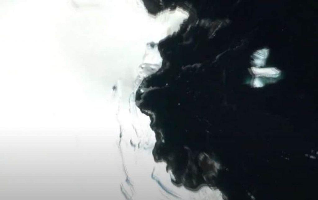 Ufo 18 metri su Google Earth