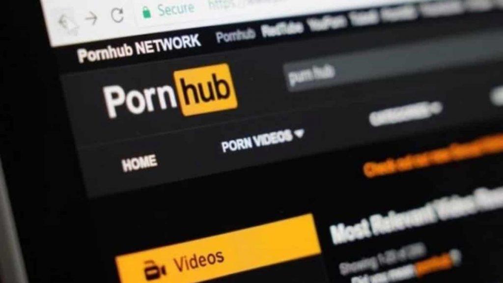 PornHub sotto processo