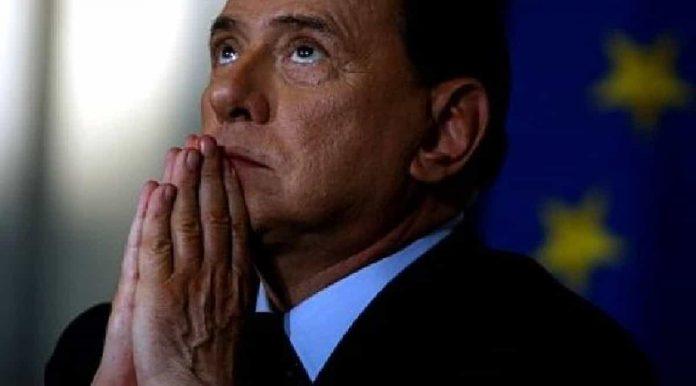 Berlusconi devoto
