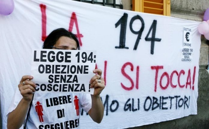 protesta legge 194