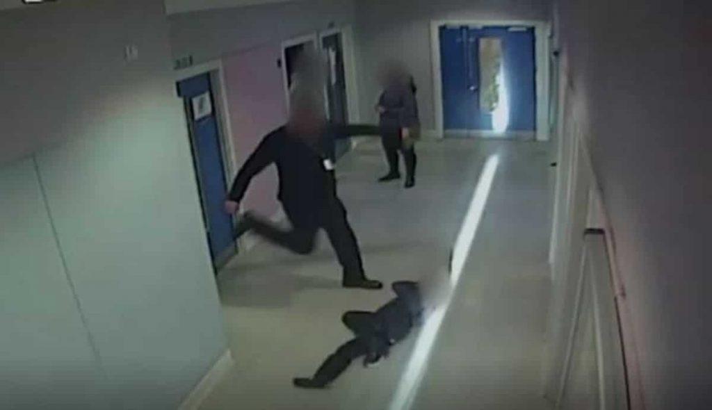 aggressione a scuola 2
