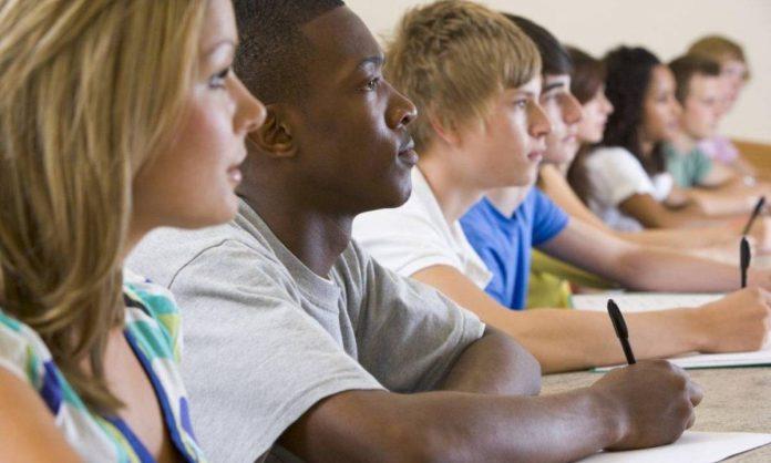 Cresce il numero di studenti nati in Italia ma senza la cittadinanza italiana